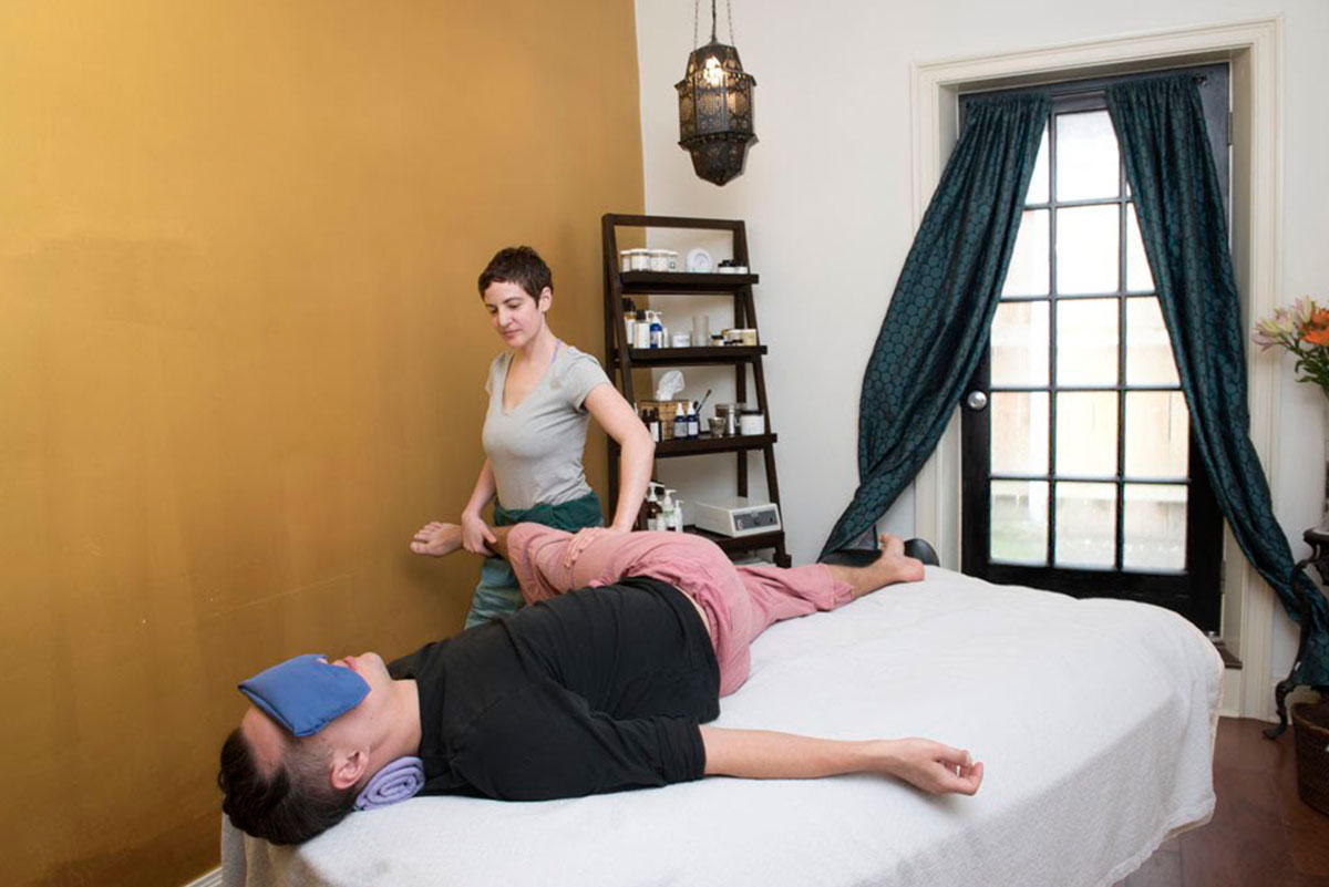 Thai Yoga massage, thai massage, body massage, deep tissue massage